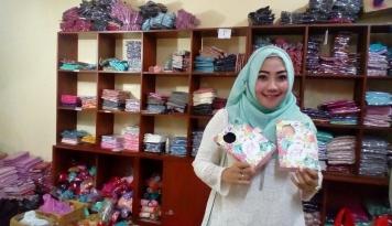 Foto Raisa Kantongi Rp1,5 Miliar Per Bulan dari Bisnis Hijab Online