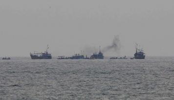 Foto Perahu Terbalik di Sri Lanka, 10 Mayat Ditemukan