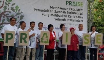 Foto PRAISE : Gerakan BERSIH, Indonesia Hijau Bebas Sampah