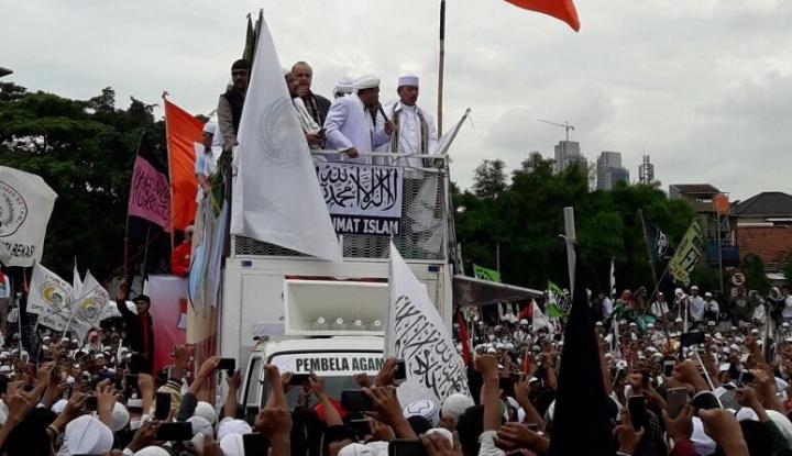 Foto Berita Jokowi Minta Ulama Bantu Pemerintah Tangkal Isu SARA