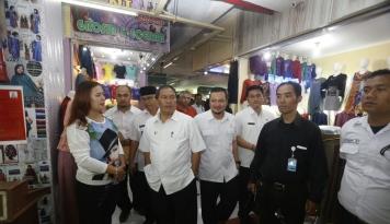 Foto Pemkot Bandung Masih Kaji Peraturan Walikota Taksi Online
