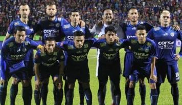 Foto Fix! Arema FC Resmi 'Ikat' Mario Gomez Jadi Pelatih