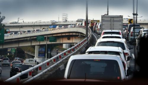 Foto Kemacetan di AS Buat Pengemudi Rugi Rp17 Juta/Tahun, Bagaimana Jakarta?
