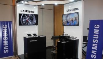 Foto Pangsa Pasar Smartphone Samsung di DIY Capai 50,6 Persen
