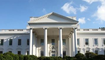 Foto Gedung Putih Akui Tekan Direktur FBI Soal Kontak dengan Intelejen Rusia