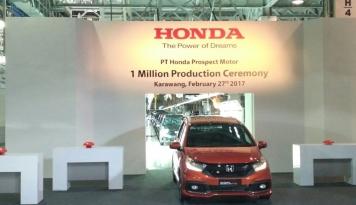 Foto PascaGIIAS 2017, Penjualan Honda Naik 39 Persen di Agustus