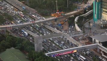 Foto Jokowi Ingin Pindahkan Ibu Kota, RR Kasih Saran Ini