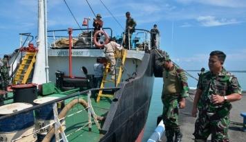 Foto Cegah Teroris dari Filipina, TNI Sweeping Perbatasan Laut Indonesia