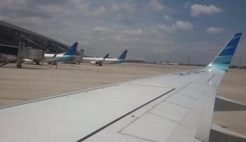 Foto Penumpang Pesawat Rute Internasional Tumbuh 128,06%