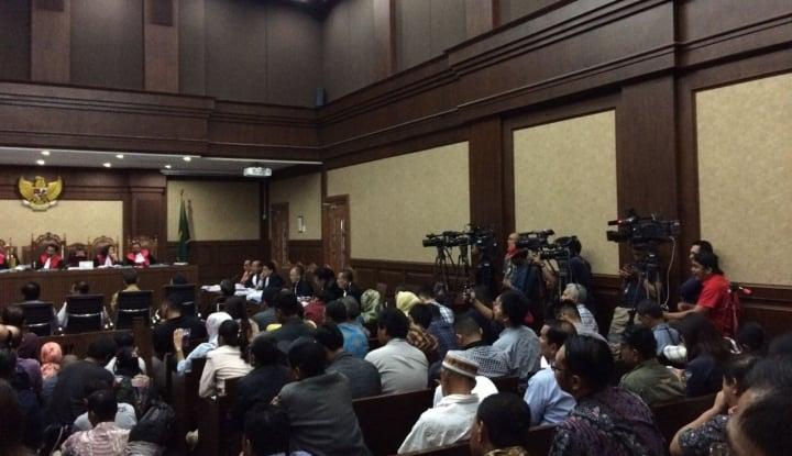 Foto Berita KPK Periksa Andi Narogong, Tanya Soal Miryam Hilang
