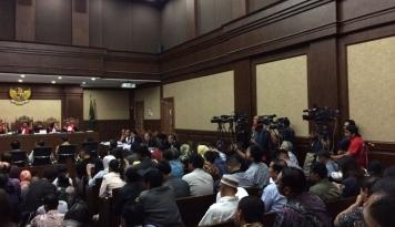Foto Saksi e-KTP Sebut Panitera Disogok Cuma Rp2 Juta Rela Disuruh Bocorkan BAP