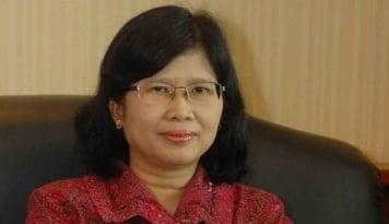Foto Profil Etty Retno Wulandari, Calon Wakil Ketua OJK