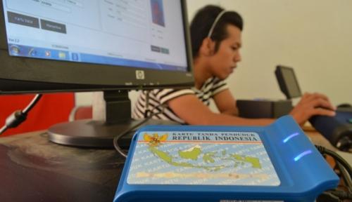 Foto Dukcapil Batasi Waktu Rekaman KTP-E Pemilu Sampai 31 Desember