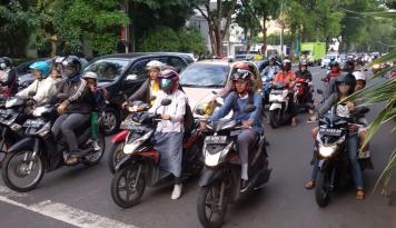 Foto Mayoritas Kendaraan di Madiun Tak Layak Jalan