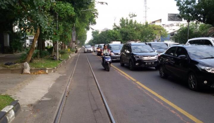Foto Berita Walah Mobil Pemkot Malah Kena Gembok Dishub