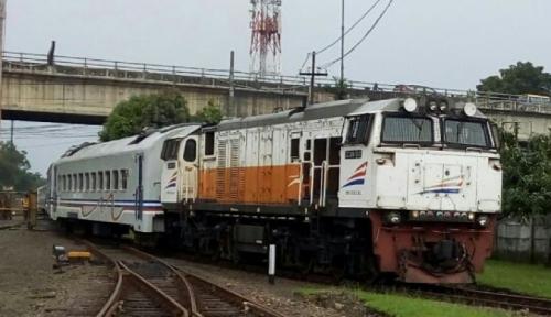 Foto Sejumlah Kereta Alami Keterlambatan Imbas Insiden di Jalur Ngawi