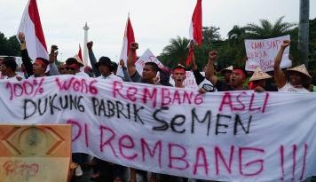 Foto Kisruh Kendeng Berlanjut, Penolakan Sudah Masuk Kampus