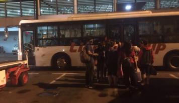 Foto Terungkap! Alasan Sopir Bus Damri Bandara Soetta Mogok Adalah. . . .