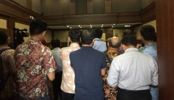 Foto Vonis Irman-Sugiharto Diperberat, KPK Bilang Begini...