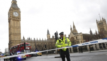 Foto Polisi Inggris Bekuk Pelaku Kedua Bom London