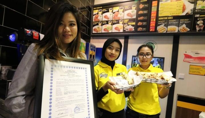 Foto Berita Dibalik Re-Branding BonChon Menjadi Chick 'n Roll