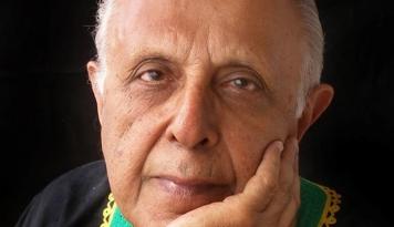 Foto Pejuang Muslim Anti-Apartheid Afrika Selatan Ahmed Kathrada Wafat