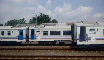 Foto Gubernur se-Kalimantan Minta Jokowi Bangun Jalur Kereta Penghubung
