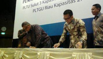 Foto PLN Teken Perjanjian Jual Beli Listrik PLTGU Riau dan PLTU Sulut-3