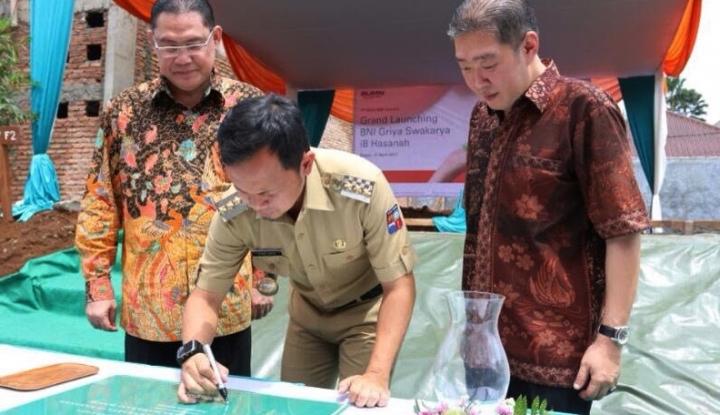 Foto Berita Wali Kota Bogor Lobi Sandiaga Sambil Lari Pagi