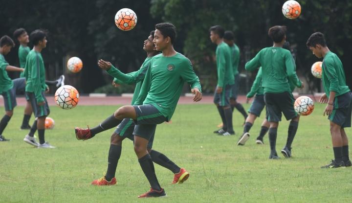 Foto Berita Pelatih Suriah Puji Permainan Andik Vermansyah