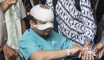 Foto Pak Polisi Pelaku Penyiraman Novel Sudah Ditangkap Belum?