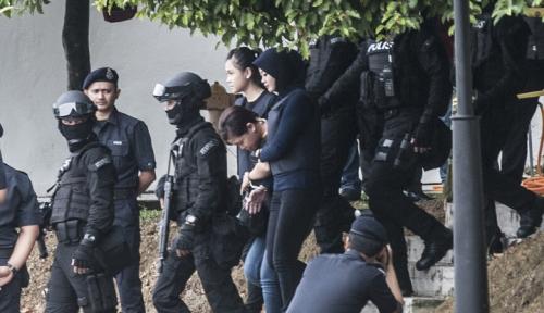 Foto Polisi Malaysia Ngotot Siti Aisyah dan Doan Thi Huong Bersalah dalam Pembunuhan Kim Jong-nam