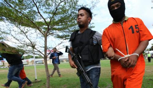 Foto Kepolisian Malaysia Tangkap 7 Pria Jaringan IS