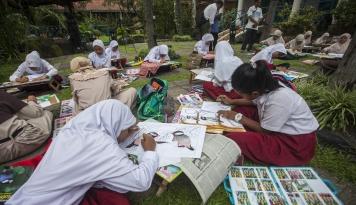 Foto Zonasi Sekolah Permudah Target Wajib Belajar, Kata Mendikbud