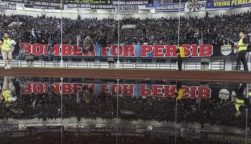 Foto Persib Ditinggal Tony Sucipto Jelang 32 Besar Piala Indonesia