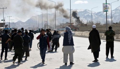 Foto Taliban Serang Pangkalan Militer, Afghanistan Berkabung
