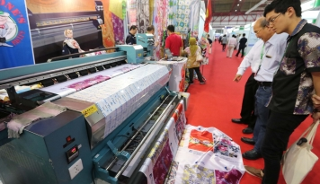 Foto Pameran Industri Mesin dan Elektronik Tiongkok Kembali Digelar Di Jakarta