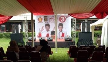 Foto DPP Gerindra Tunggu Kedatangan Anies-Sandi
