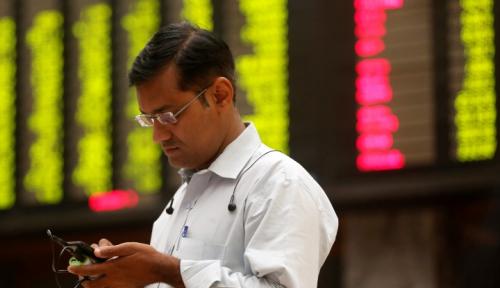Foto Stock Connect: Listing di Inggris, Jual Saham di China