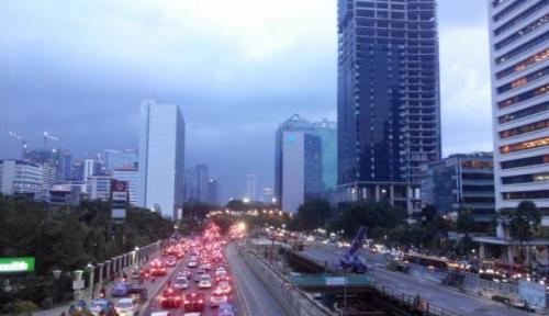 Foto Permudah Berusaha, DKI Jakarta Pangkas Prosedur dan Waktu
