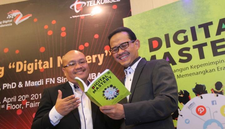 Foto Berita Telkomsel Luncurkan Buku Digital Mastery