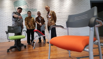 Foto Bangun Distribution Centre, Chitose Targetkan Produksi Naik 25%