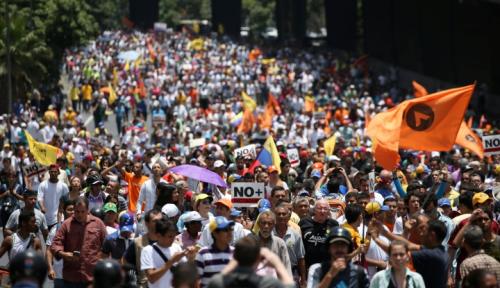 Foto Oposisi Venezuela Gelar Aksi Kenang Rekan Yang Tewas Saat Demo
