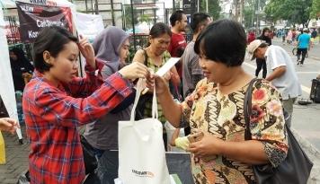Foto UrbanIndo Peringati Gerakan Hari Bumi 2017 di Bandung