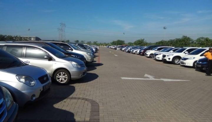 Foto Berita Duh Aduh! Ribuan Mobil Dinas Belum Bayar Pajak