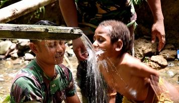 Foto PKS Kirim Bantuan untuk Warga Asmat