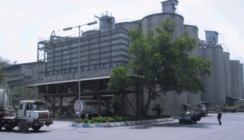 Foto Pabrik Semen SMGR di Rembang Tak Pengaruhi Hasil Panen Petani