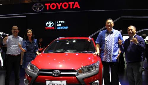 Foto Toyota Jual 4.652 Unit Selama IIMS 2017