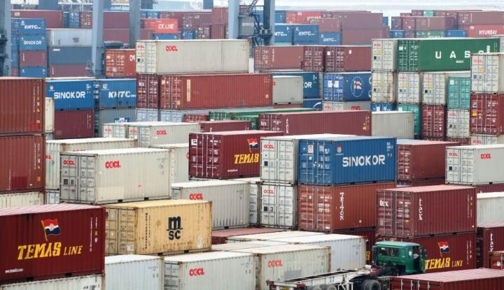 Foto Berita Agustus, Kinerja Ekspor-Impor Indonesia Menurun