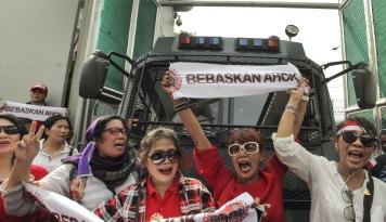 Foto Teman Ahok Harus Dukung Jokowi-Ma'ruf?